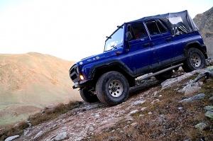 Travelnews.lv ar apvidus spēkratu «UAZ» dodas Kaukāza kalnu bezceļos. Atbalsta: Magtur 35