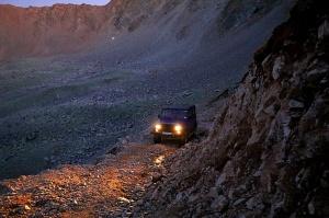 Travelnews.lv ar apvidus spēkratu «UAZ» dodas Kaukāza kalnu bezceļos. Atbalsta: Magtur 37