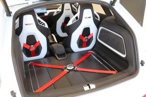 «Green Motors» divas dienas publikai prezentē jaunā koncepta auto «Škoda Vision RS» 11