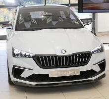 «Green Motors» divas dienas publikai prezentē jaunā koncepta auto «Škoda Vision RS» 35