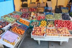 Karačaja-Čerkesijas republikā ēdienā tiek akcentēts garšīgs šašliks, bet augļus un dārzeņus ieved galvenokārt no citurienes. Atbalsta: Magtur 22