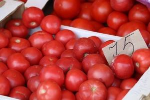 Karačaja-Čerkesijas republikā ēdienā tiek akcentēts garšīgs šašliks, bet augļus un dārzeņus ieved galvenokārt no citurienes. Atbalsta: Magtur 27