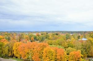 Ceļotājus Valmierā sagaida krāšņs rudens, kas ik dienu arvien vairāk rotā pilsētu 3