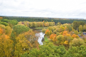 Ceļotājus Valmierā sagaida krāšņs rudens, kas ik dienu arvien vairāk rotā pilsētu 7