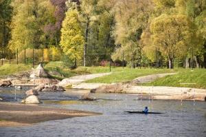 Ceļotājus Valmierā sagaida krāšņs rudens, kas ik dienu arvien vairāk rotā pilsētu 14