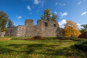 Valmieras pilsēta rotājas rudens zeltā 16