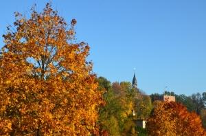 Valmieras pilsēta rotājas rudens zeltā 18