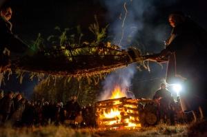 Vienkoču parkā norisinājās Uguns Nakts, kura mērķis ir vienu īso rudens dienu padarīt ilgāk gaišu, dot iespēju uzlādēt sevi ar sveču gaismu un siltumu 28