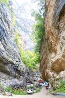 Travelnews.lv apmeklē tūristu iecienīto Čegemas ūdenskritumus Kabarda-Balkārija republikā. Atbalsta: Magtur