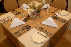 Travelnews.lv ievērtē Jūrmalas viesnīcas restorāna «Kurshi Terase» vakariņu piedāvājumu 6