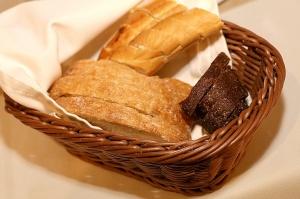 Travelnews.lv ievērtē Jūrmalas viesnīcas restorāna «Kurshi Terase» vakariņu piedāvājumu 12