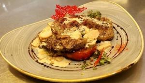Travelnews.lv ievērtē Jūrmalas viesnīcas restorāna «Kurshi Terase» vakariņu piedāvājumu 19
