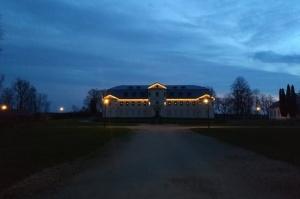 Krāslavas grāfu Plāteru pils kompleksā izbauda Leģendu nakti 1