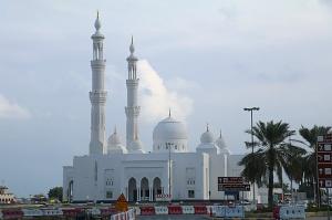 Travelnews.lv piedāvā fotomirkļus no ceļojuma autobusa loga Šārdžas emirātos. Atbalsta: VisitSharjah.com un Novatours.lv 32