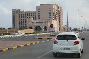 Travelnews.lv piedāvā fotomirkļus no ceļojuma autobusa loga Šārdžas emirātos. Atbalsta: VisitSharjah.com un Novatours.lv 51