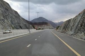 Travelnews.lv piedāvā fotomirkļus no ceļojuma autobusa loga Šārdžas emirātos. Atbalsta: VisitSharjah.com un Novatours.lv 59