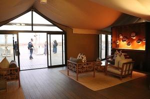 Travelnews.lv ar nakšņojumu iepazīst burvīgu vietu uz salas «Kingfisher Lodge». Atbalsta: VisitSharjah.com un Novatours.lv 21