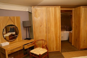 Travelnews.lv ar nakšņojumu iepazīst burvīgu vietu uz salas «Kingfisher Lodge». Atbalsta: VisitSharjah.com un Novatours.lv 31