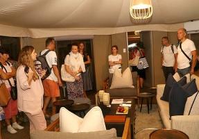 Travelnews.lv ar nakšņojumu iepazīst burvīgu vietu uz salas «Kingfisher Lodge». Atbalsta: VisitSharjah.com un Novatours.lv 32