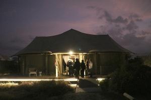 Travelnews.lv ar nakšņojumu iepazīst burvīgu vietu uz salas «Kingfisher Lodge». Atbalsta: VisitSharjah.com un Novatours.lv 43