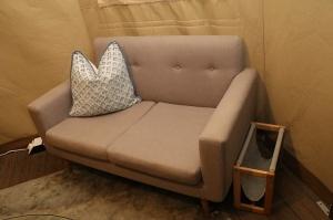Travelnews.lv nakšņo luksus klases teltī, ko piedāvā «Kingfisher Lodge». Atbalsta: VisitSharjah.com un Novatours.lv 23