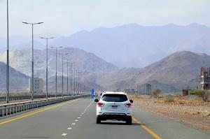 Travelnews.lv iepazīst Šārdžas emirāta lieliskos lielceļus ar 120 km/h. Atbalsta: VisitSharjah.com un Novatours.lv 5