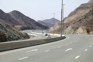 Travelnews.lv iepazīst Šārdžas emirāta lieliskos lielceļus ar 120 km/h. Atbalsta: VisitSharjah.com un Novatours.lv 18