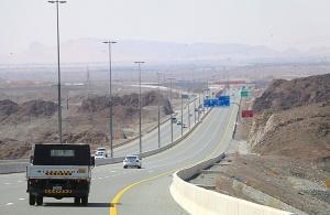 Travelnews.lv iepazīst Šārdžas emirāta lieliskos lielceļus ar 120 km/h. Atbalsta: VisitSharjah.com un Novatours.lv 21