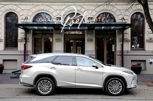 Travelnews.lv Latvijas svētku dzimšanas dienu sagaida ar jauno «Lexus RX450HL» 15