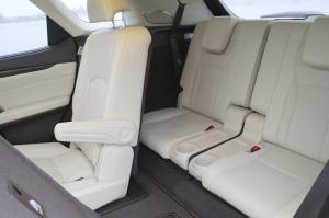 Travelnews.lv Latvijas svētku dzimšanas dienu sagaida ar jauno «Lexus RX450HL» 20