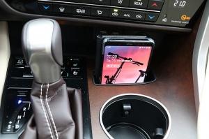 Travelnews.lv Latvijas svētku dzimšanas dienu sagaida ar jauno «Lexus RX450HL» 26