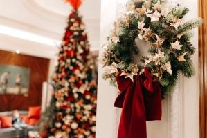 Viesnīca Grand Hotel Kempinski turpinot tradīciju pulcē rīdziniekus uz svinīgo Ziemassvētku egles iedegšanas ceremoniju 3