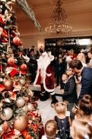 Viesnīca Grand Hotel Kempinski turpinot tradīciju pulcē rīdziniekus uz svinīgo Ziemassvētku egles iedegšanas ceremoniju 13