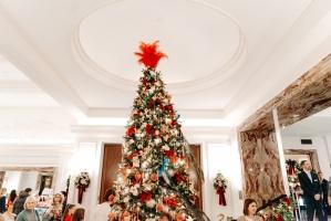 Viesnīca Grand Hotel Kempinski turpinot tradīciju pulcē rīdziniekus uz svinīgo Ziemassvētku egles iedegšanas ceremoniju 26