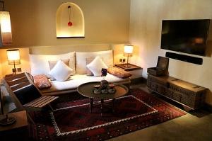 Travelnews.lv iepazīst premium klases viesnīcu «Al Bait Sharjah» Šārdžā. Atbalsta: VisitSharjah.com un Novatours.lv 24