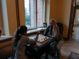Ģimeņu dienā Jaunmoku pilī spēlē galda spēles un bauda dažādas aktivitātes 10