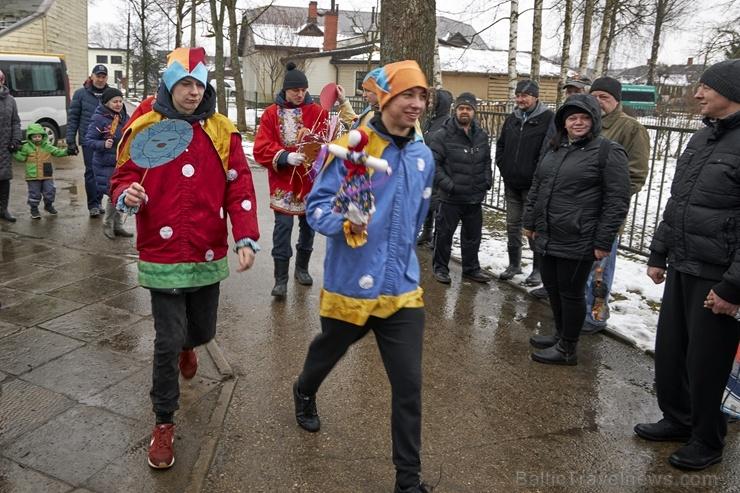 Rēzeknē svin tradicionālos slāvu tautību svētkus «Masļeņica» 279071