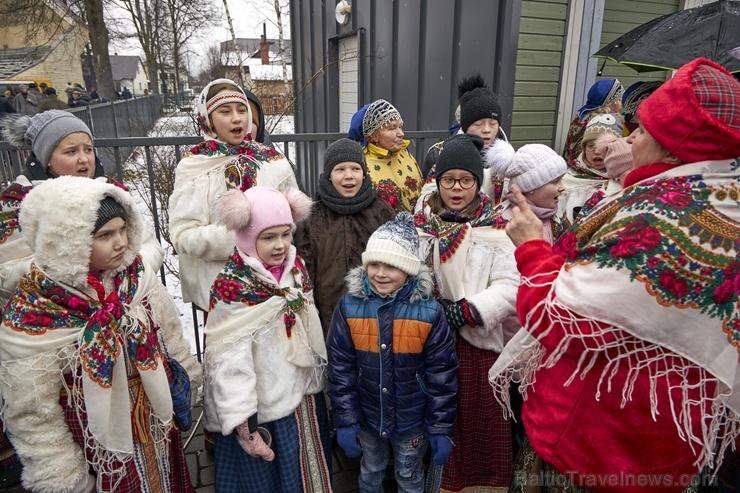 Rēzeknē svin tradicionālos slāvu tautību svētkus «Masļeņica» 279081