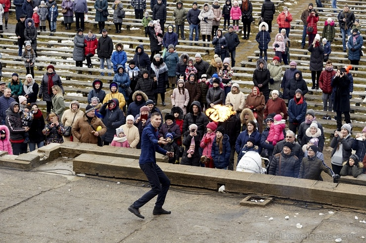 Rēzeknē svin tradicionālos slāvu tautību svētkus «Masļeņica» 279101