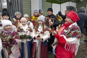 Rēzeknē svin tradicionālos slāvu tautību svētkus «Masļeņica» 26