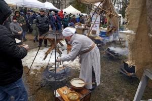 Rēzeknē svin tradicionālos slāvu tautību svētkus «Masļeņica»» 29