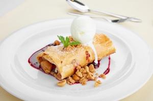 Viesnīcas Park Hotel Latgola  restorānā «Plaza» var baudīt pavasarīgu ēdienkarti 3
