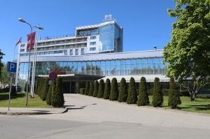 Pārdaugavas viesnīca «Bellevue Park Hotel Riga» pa kluso atzīmē 20 gadu jubileju 2