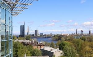 Pārdaugavas viesnīca «Bellevue Park Hotel Riga» pa kluso atzīmē 20 gadu jubileju 16