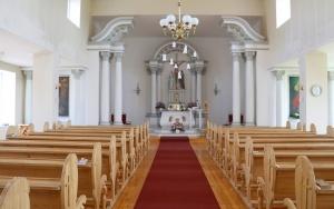 Travelnews.lv Viļakas novada Šķilbēnu Sāpju Dievmātes Romas katoļu jauno un veco baznīcu 3