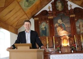 Travelnews.lv Viļakas novada Šķilbēnu Sāpju Dievmātes Romas katoļu jauno un veco baznīcu 24