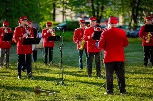 Rēzeknes pagalmos skan muzikāli pārsteigumi pilsētas iedzīvotājiem un viesiem 3