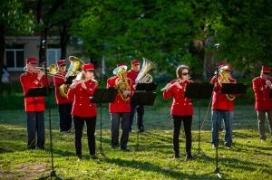 Rēzeknes pagalmos skan muzikāli pārsteigumi pilsētas iedzīvotājiem un viesiem 4