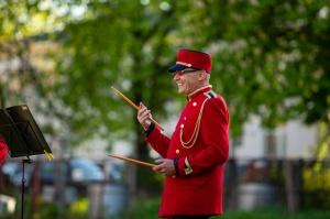 Rēzeknes pagalmos skan muzikāli pārsteigumi pilsētas iedzīvotājiem un viesiem 6