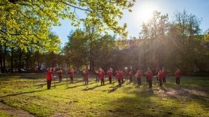 Rēzeknes pagalmos skan muzikāli pārsteigumi pilsētas iedzīvotājiem un viesiem 11